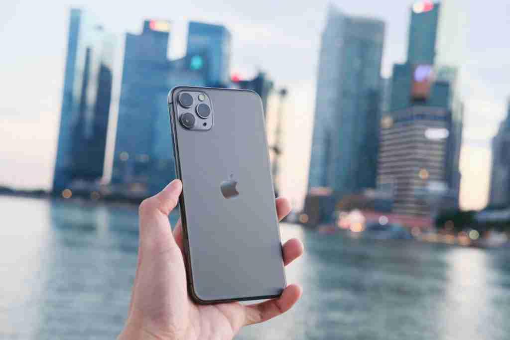 design e costruzione apple iphone 11 pro max