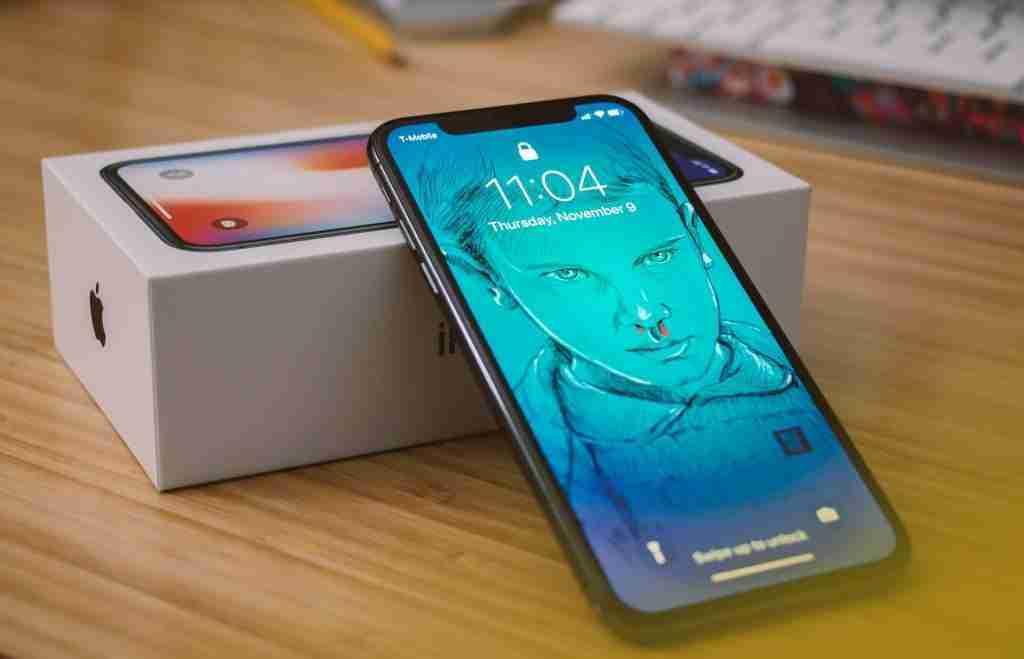 confezione apple iphone x